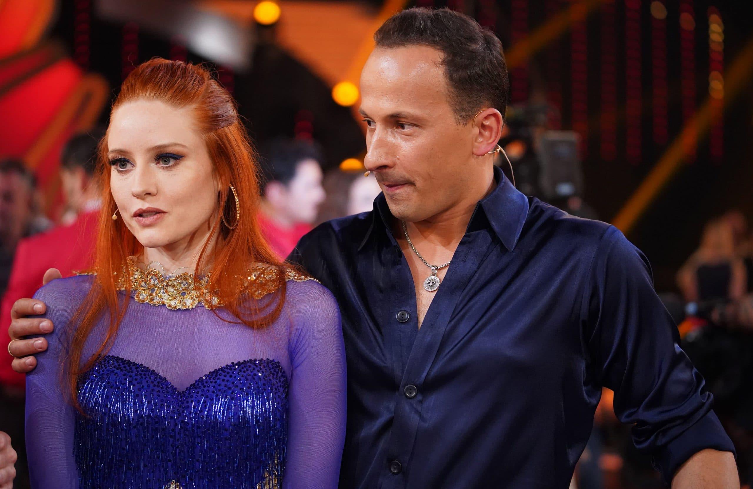Barbara Meier und Sergiu Luca - Let's Dance
