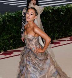 Ariana Grande und Pete Davidson: Bereits verlobt? - Promi Klatsch und Tratsch