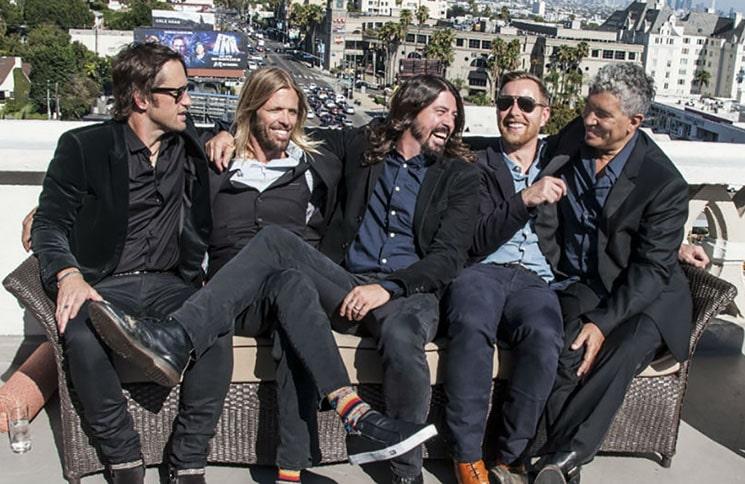 Foo Fighters 30345371-1 thumb