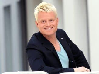 """TV-Kult kehrt zurück: Guido Cantz moderiert die """"Montagsmaler"""" - TV News"""