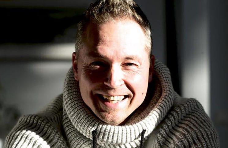 """Mitch Keller über sein Album """"20.000 Teile"""" - Musik News"""