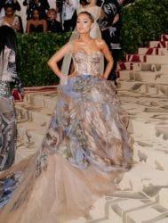 Ariana Grande schwört auf die Hilfe durch Therapie - Promi Klatsch und Tratsch