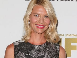 Claire Danes - Women In Film 2016 Crystal + Lucy Awards Presented by Max Mara and BMW