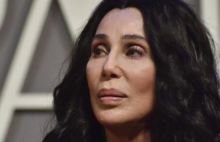 """Cher: Eine ganz Fremde am """"Mamma Mia""""-Set - Kino News"""