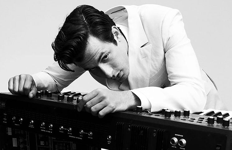Mark Ronson 30348166-1 thumb