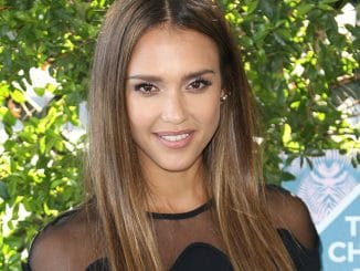 Jessica Alba - 2016 Teen Choice Awards