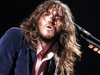 John Frusciante - Red Hot Chili Peppers in Concert at Earls Court - July 17, 2006
