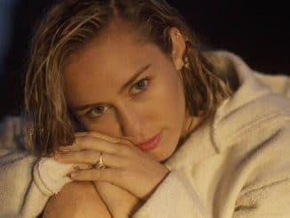 Miley Cyrus: Doch kein Diss-Track gegen Nicki Minaj - Musik News