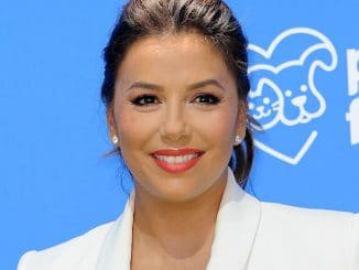 "Eva Longoria - LD Entertainment's ""Dog Days"" Los Angeles Premiere"