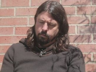 Dave Grohl 189006-45586I37112 thumb