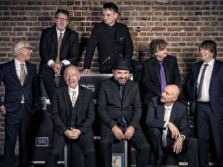 King Crimson 30353333-1 thumb