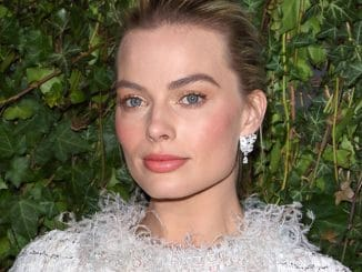 Margot Robbie - 2018 Pre-BAFTA Film Awards Chanel & Charles Finch Party