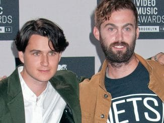 Vampire Weekend - 2013 MTV Video Music Awards