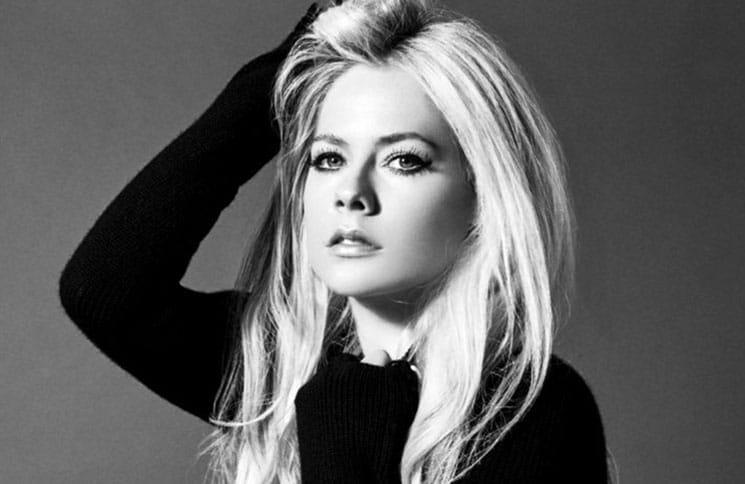 Avril Lavigne 30355683-1 thumb