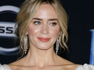 "Emily Blunt - Disney's ""Mary Poppins Returns"" World Premiere"