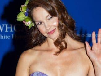Ashley Judd - 101st Annual White House Correspondents' Association Dinner