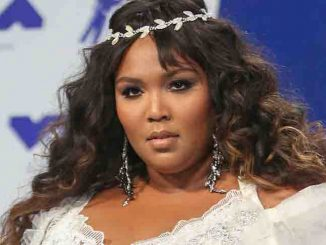 Lizzo - 2017 MTV Video Music Awards - Arrivals