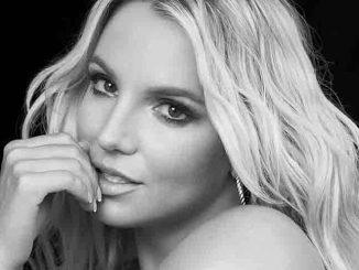 Britney Spears 30359654-1 thumb