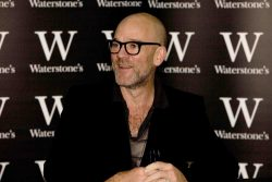 "Michael Stipe Signs Copies of His Book ""Hello"" at Waterstone's Bookshop in London on August 29, 2008"