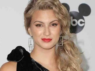 Tori Kelly - Mickey's 90th Spectacular