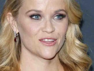 "Reese Witherspoon - ""A Wrinkle in Time"" Los Angeles Premiere"