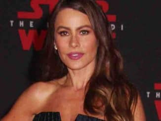 "Sofia Vergara - ""Star Wars: The Last Jedi"" World Premiere"