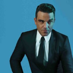 Robbie Williams 30370457-1 big
