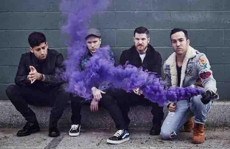 Fall Out Boy 30371498-1 thumb