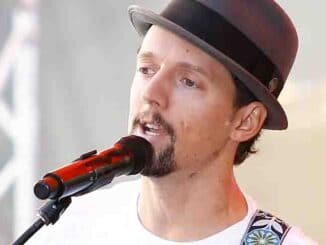 "Jason Mraz in Concert on NBC's ""Today Show"" at Rockefeller Plaza in New York City - July 18, 2014"