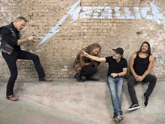 Metallica 2017 by Ross Halfin thumb