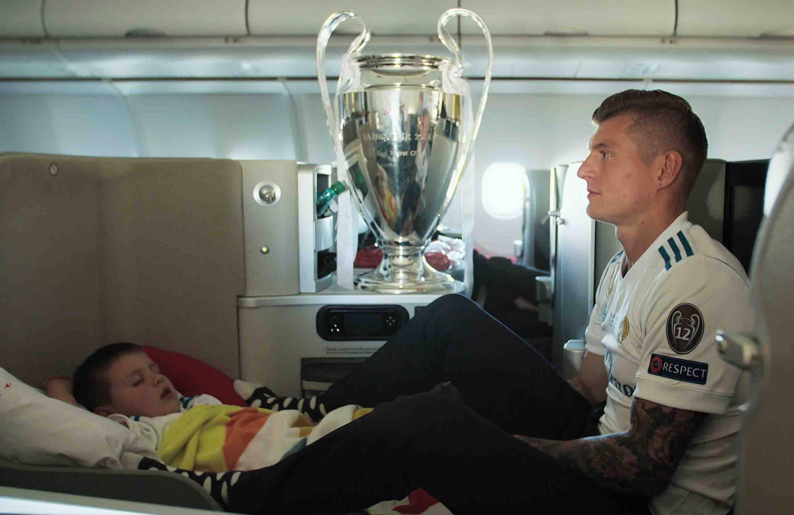 "Toni Kroos - ""KROOS"" - Kino-Doku über deutschen Real-Madrid-Star"