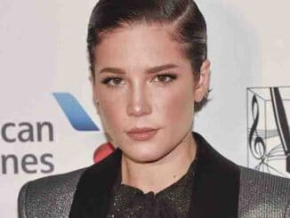 Halsey - 50th Annual Songwriters Hall of Fame