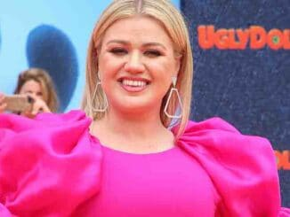 "Kelly Clarkson - STX Films ""UglyDolls"" World Premiere"