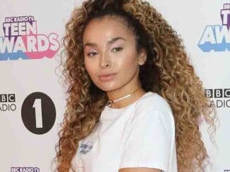 Ella Eyre - BBC Radio 1 Teen Awards 2017