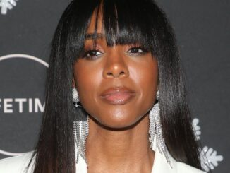 "Kelly Rowland - ""It's A Wonderful Lifetime"" Holiday Party"
