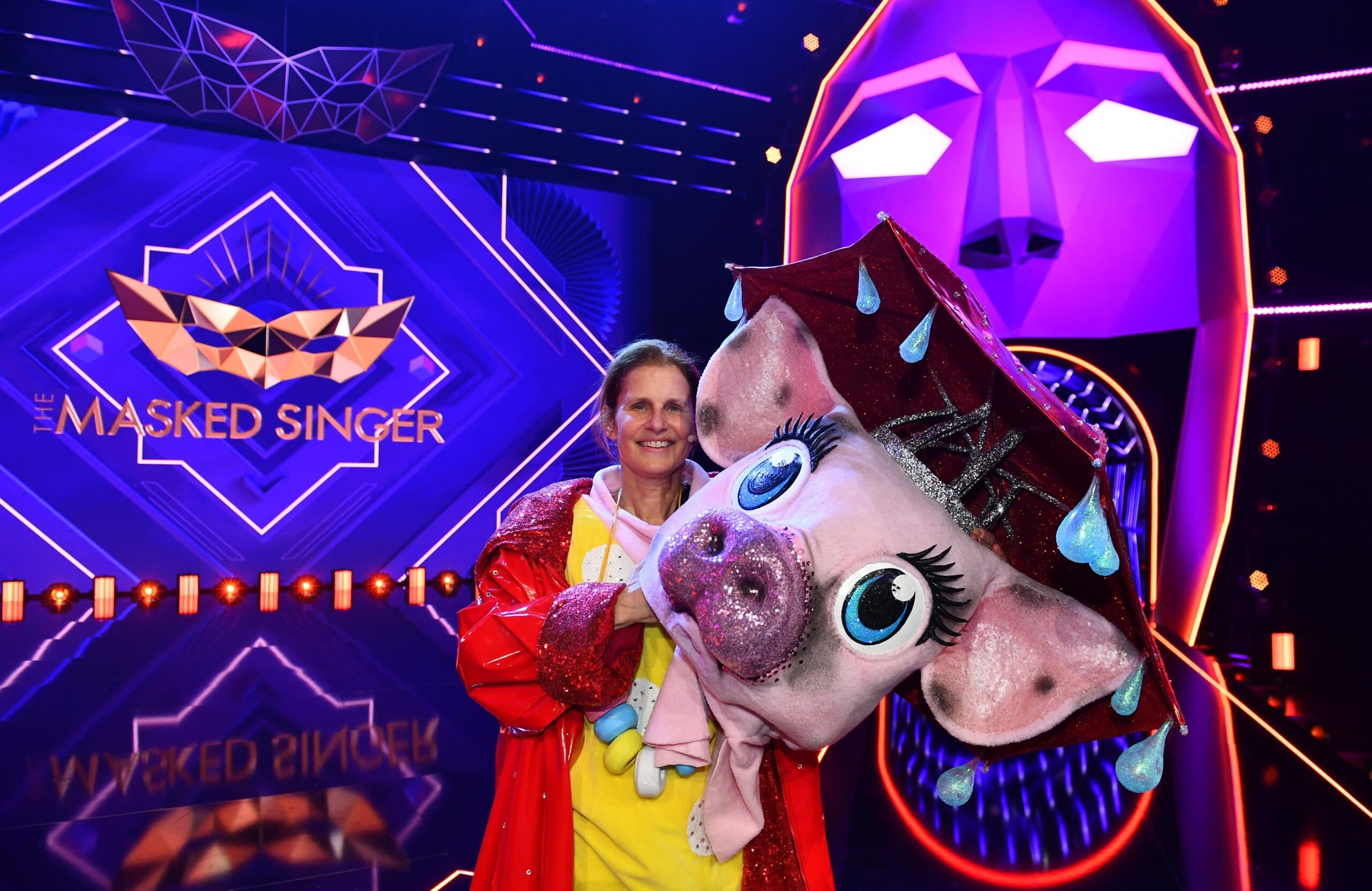 "Katrin Müller-Hohenstein in ""The Masked Singer"""