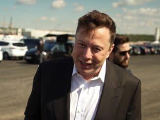 "Elon Musk - ""Turbo, Tempo Tesla"": ""Frontal 21""-Doku im ZDF"