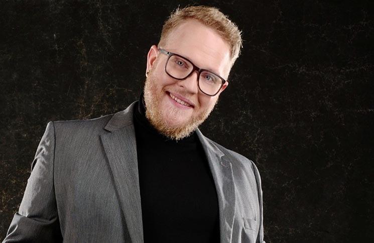 DSDS-Gewinner 2021: Jan-Marten Block spielt Gitarre, Piano ...