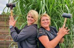 Nadine (l.) und Brigitte Ab ins Beet! Die Garten-Soap