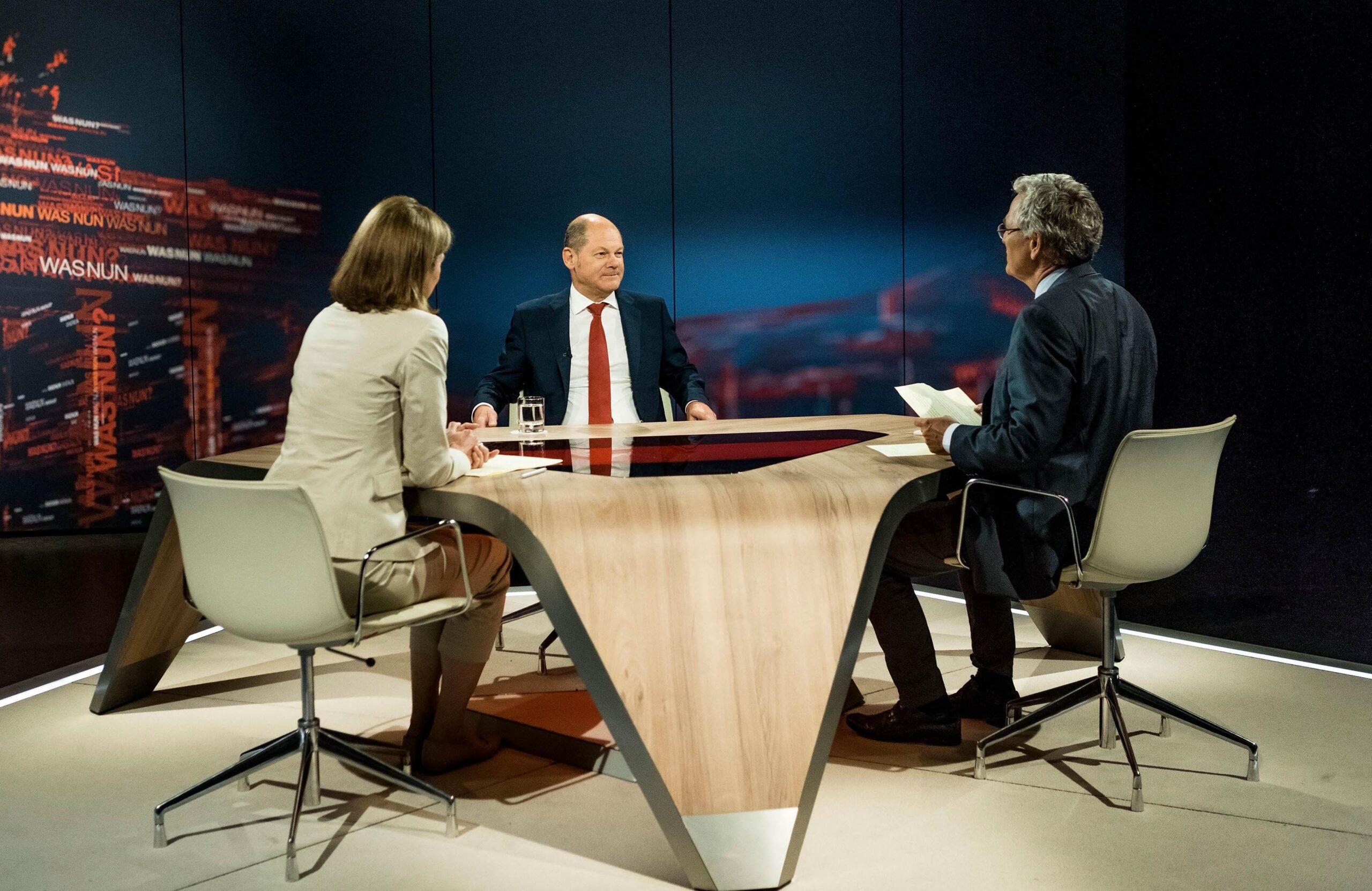 """Kanzlertauglichkeit gefragt: """"Was nun, Herr Scholz?"""" im ZDF"""