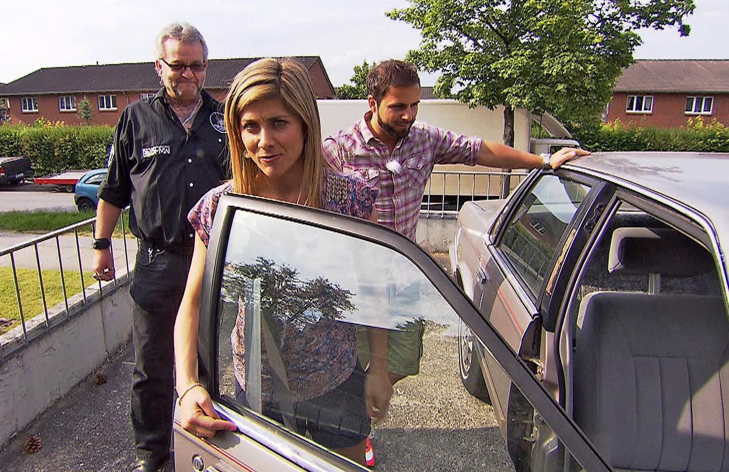 """""""biete Rostlaube, suche Traumauto"""": Gerald sucht einen Leichenwagen - TV News"""