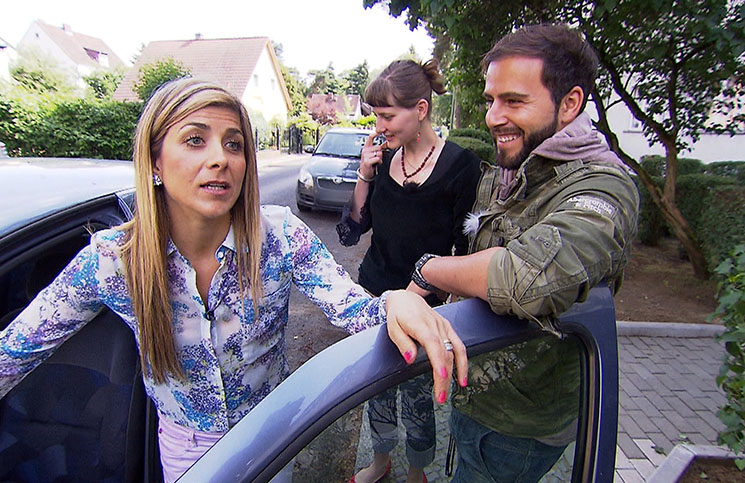 """biete Rostlaube, suche Traumauto"": Panagiota Petridou hilft Feline Kuck - TV News"