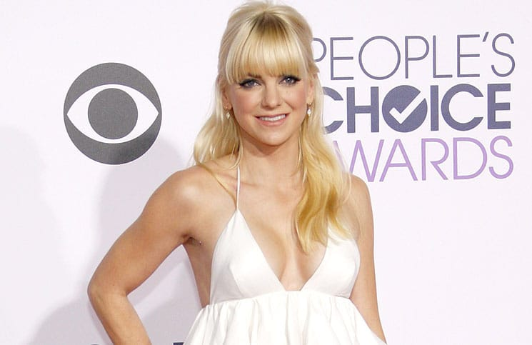 Anna Faris - The 41st Annual People's Choice Awards - Arrivals