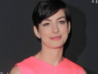 Anne Hathaway - 9th Annual Pink Party Benefiting Cedars-Sinai Women's Cancer Program