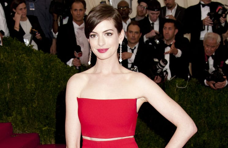 "Anne Hathaway - ""Charles James: Beyond Fashion"" Costume Institute Gala"