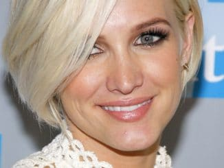 "Ashlee Simpson - 2012 L.A. Gay & Lesbian Center's ""An Evening with Women"" - Arrivals"