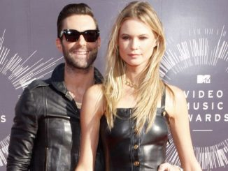 Behati Prinsloo and Adam Levine - 2014 MTV Video Music Awards - Arrivals
