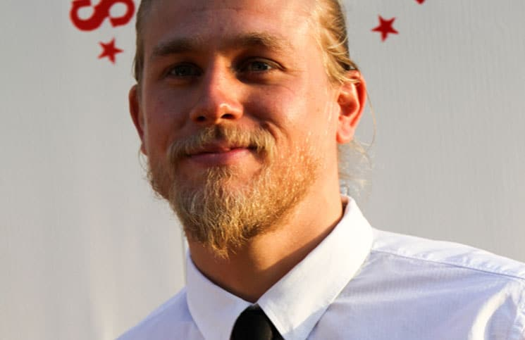 "Charlie Hunnam - ""Sons of Anarchy"" Season 3 Hollywood Premiere"