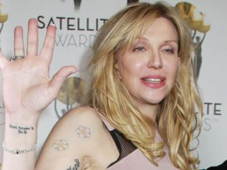 Courtney Love - 18th Annual Satellite Awards - Arrivals