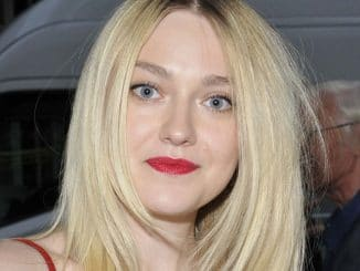 "Dakota Fanning - ""Effie Gray"" UK Premiere"